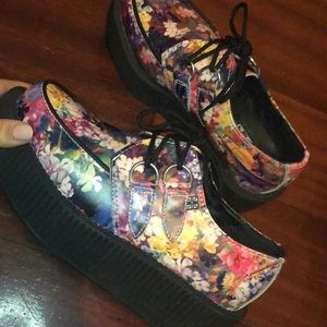 T.U.K Shoes - Floral creepers